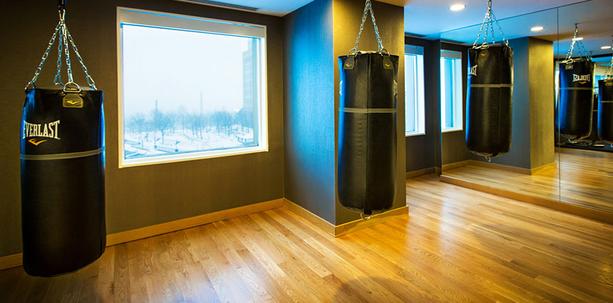 Gyms in Boston Back Bay for High-End Luxury Fitness - Equinox