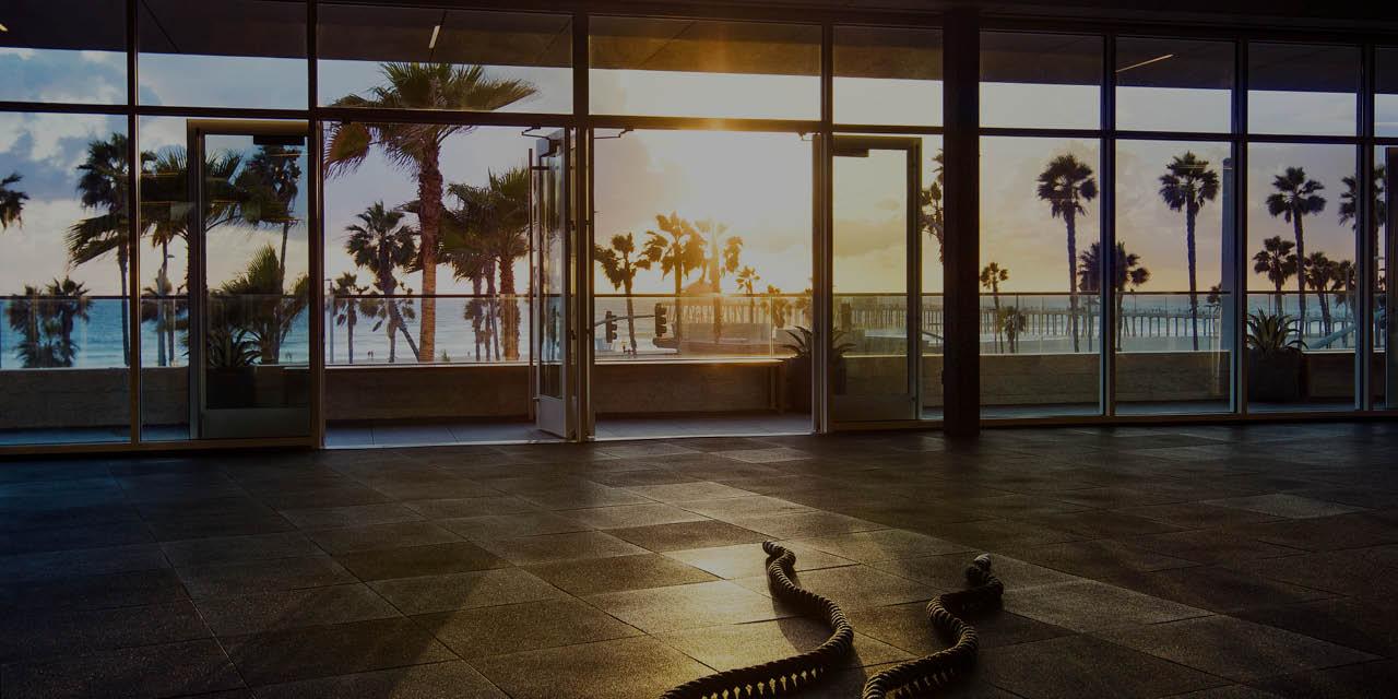 Gym in Huntington Beach: Fitness Club with Luxury Amenities