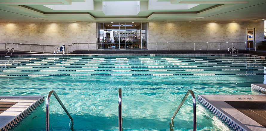 Sports club in los angeles fitness high end gym equinox - Indoor swimming pool in los angeles ...