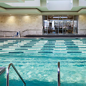Sports Club In Los Angeles Fitness High End Gym Equinox